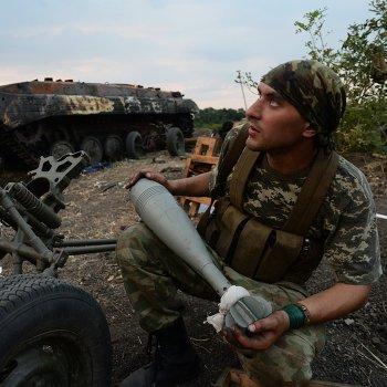 Ополчение ЛНР установило контроль над КПП Должанский на границе с РФ
