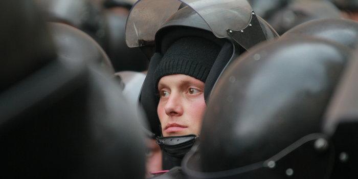 Здание обладминистрации в Луганске взято под контроль сторонниками федерализации