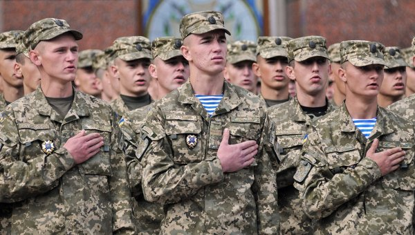 Военные искали пополнение кадров на улицах Харькова