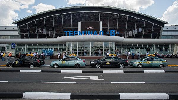 Пустое небо над Украиной, или кто обрезал «крылья» Ryanair