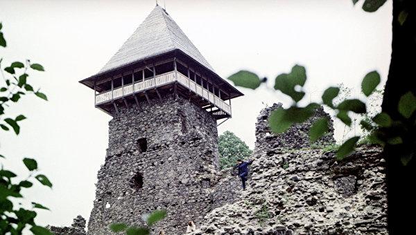 Замок Черной девы в Закарпатье