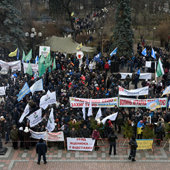 Акция протеста аграриев у здания Верховной Рады Украины