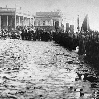 Красная армия вступает в Харьков