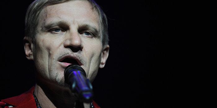 Олег Скрипка: Украина в упадке из-за «Лабутенов»