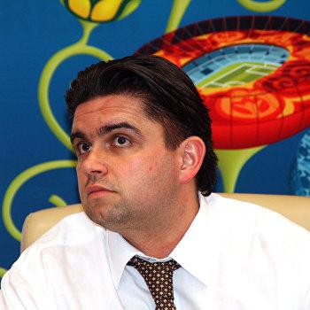 П/к с участием директора Евро-2012 на Украине Маркияна Лубкивского, посвященная презентации волонтерской программы УЕФА в Украине