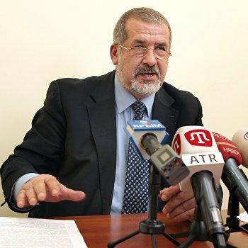 Пресс-конференция главы Меджлиса крымско-татарского народа Рефата Чубарова