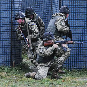 Обучение украинских военных во Львовской области