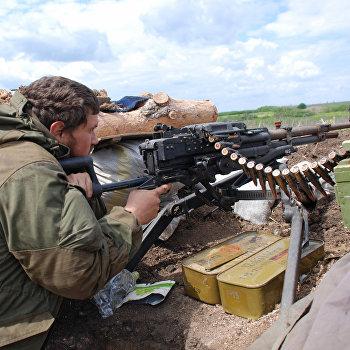 Бойцы батальона Викинги у села Белокаменка Донецкой области