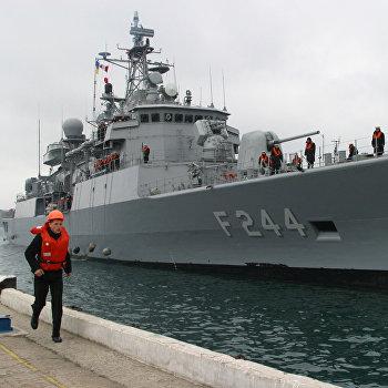 Неофициальный визит отряда кораблей ВМС Турции в составе фрегата Барбарос и подводной лодки Йилдырай в порт Севастополь
