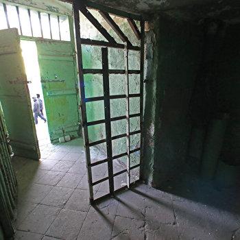 Тюрьма в замке Тапиау в Калининградской области