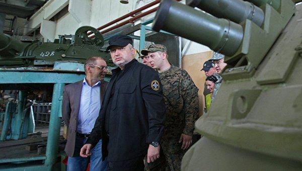 Турчинов попросил правоохранителей проверить информацию охищении ним государственных средств