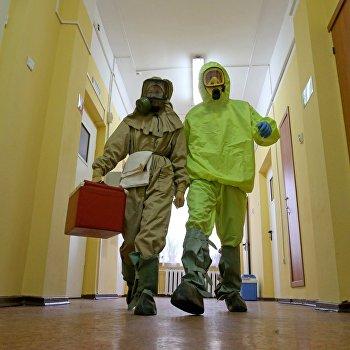Отработка действий на случай поступления больных, инфицированных Эболой