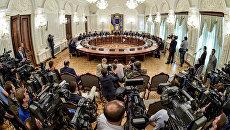 Украинские журналисты начали травлю адвоката ополченцев