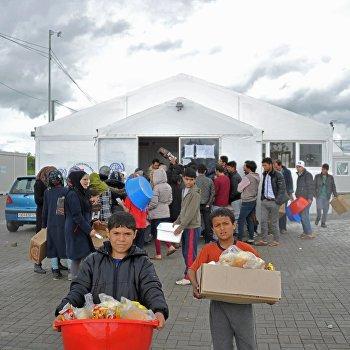 Лагерь беженцев Табановце в Македонии около македоно-сербской границы