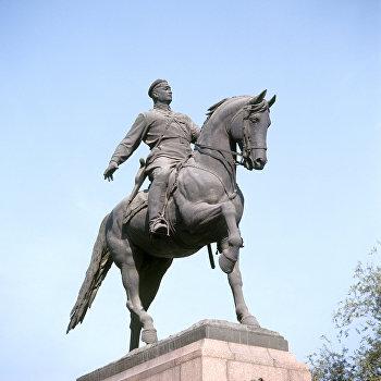 Памятник герою гражданской войны Григорию Котовскому