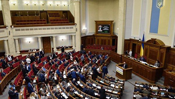 Песков: Москва примет меры, если Киев введет визы для россиян