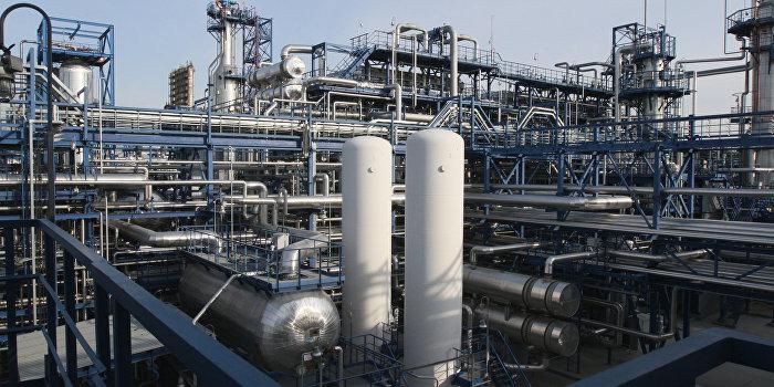 """Работа Омского НПЗ """"Газпром нефти"""""""