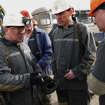 Шахтеры Иловайска запустили первую в Республике в этом году угольную лаву