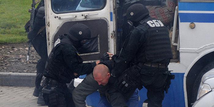 Похищенный СБУ российский контрактник Одинцов не признал вину в суде в Киеве