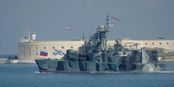 РИА Новости: Запчасти от ВМС Украины нужны России как уши мертвого осла