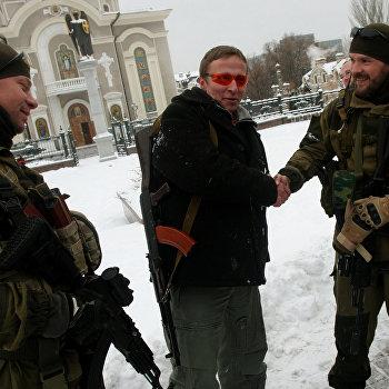 Российский актер Иван Охлобыстин приехал в Донецк на премьеру нового фильма Иерей-сан