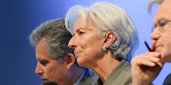Пресс-брифинг директора-распорядителя МВФ Кристин Лагард