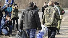"""Обмен пленными между ЛНР и Киевом по формуле """"3 на 6"""""""