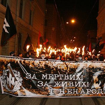 Факельное шествие в память о погибших под Крутами прошло во Львове
