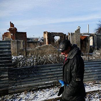 Восстановительные работы в прифронтовой зоне в районе донецкого аэропорта