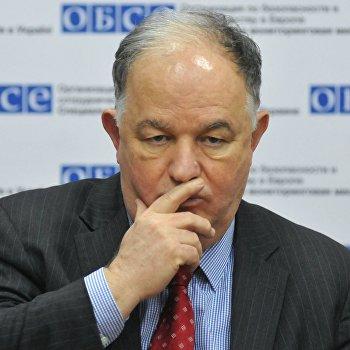 Брифинг руководителя Специальной мониторинговой миссии ОБСЕ Э.Апакана во Львове