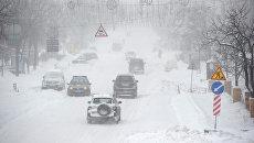 Март напоследок утопил Киев в снегу