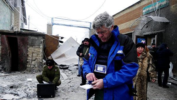 Кровавый театр: кому не нужен мир в Донбассе