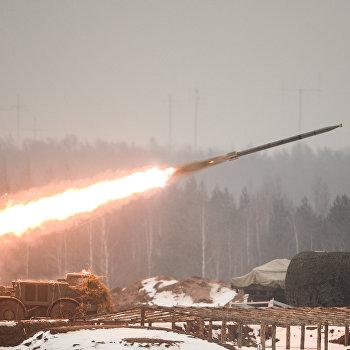 День ракетных войск и артиллерии на полигоне Луга в Ленинградской области