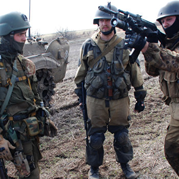 Учения ополченцев Донецкой народной республики