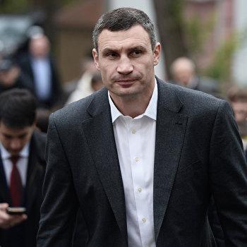 Мэр Киева В.Кличко посетил Александровскую больницу