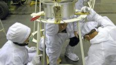 """Подготовка к запуску спутников Saudicomsat на космодроме """"Байконур"""""""