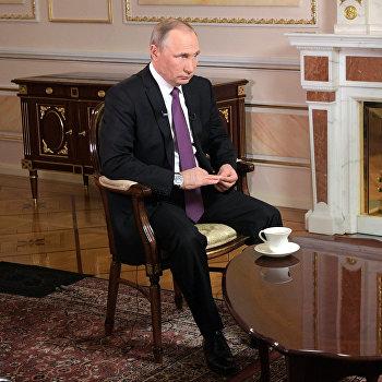 Президент РФ В. Путин дал интервью межгосударственной телерадиокомпании Мир