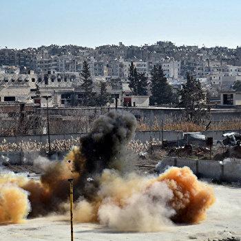 Российские военные инженеры проводят разминирование объектов транспортной инфраструктуры Алеппо
