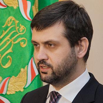 В.Легойда во время зачитывания заявления по поводу убийства священника Д.Сысоева
