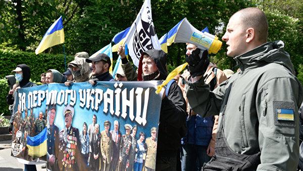 Число участников шествия «Бессмертный полк» в российской столице превысило 600 000 человек