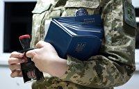 Треть украинцев хотела бы выехать на ПМЖ за рубеж