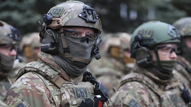 СБУ проводит обыск у киевского журналиста Лукашина