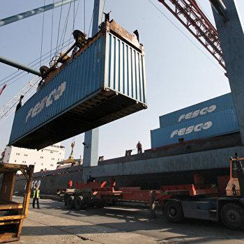 Работа Владивостокского морского торгового порта (ВМТП)