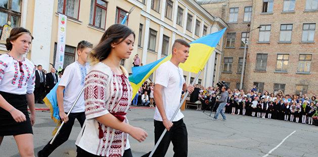 Украинский Минфин: Для реформы образования нужно уволить половину педагогов