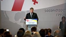 «СП»: Порошенко собирает против Москвы постсоветскую коалицию