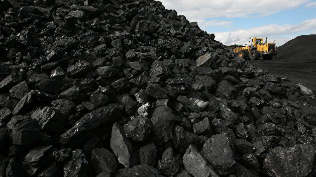 Азаров: Львиная доля угля на украинские ТЭС и ТЭЦ завезена из России