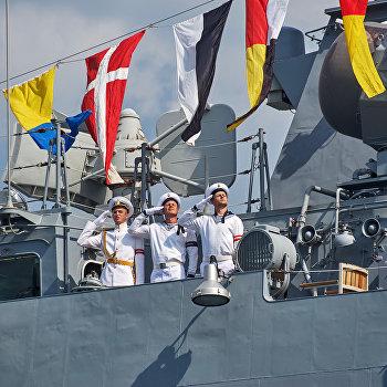 Генеральная репетиция парада кораблей ко Дню ВМФ в Севастополе