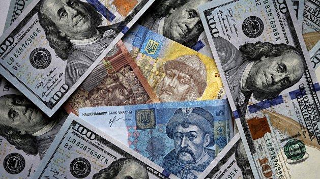 «Зеркало недели»: Украинское экономическое «чудо» — рейтинги растут, а объемы инвестиций падают