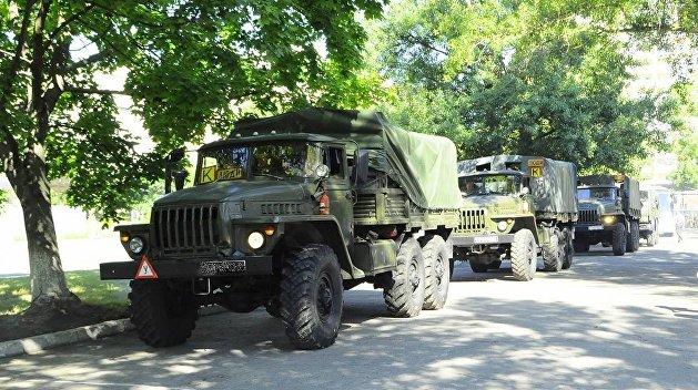 Колонны военной техники двигаются изХерсонской области всторону Крыма