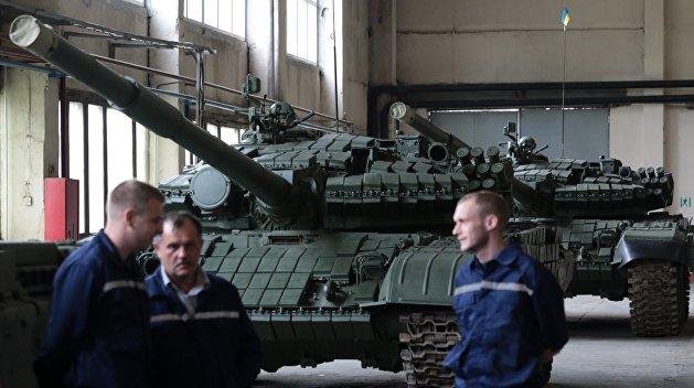 Презентация военной техники на Львовском бронетанковом заводе